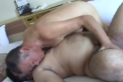 Rodudetic Sex between daddy And youthful Japanese Bear