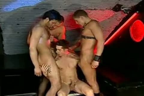 Miklos Franko plowed By A group In A poundclub