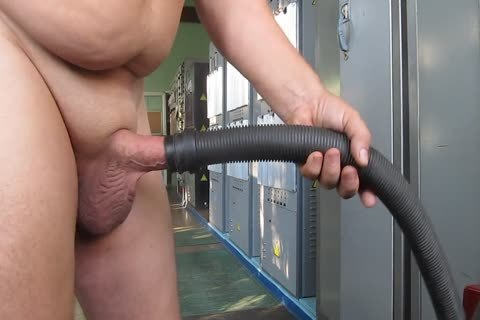 Pump & Vacuum Cleaner Masturbation