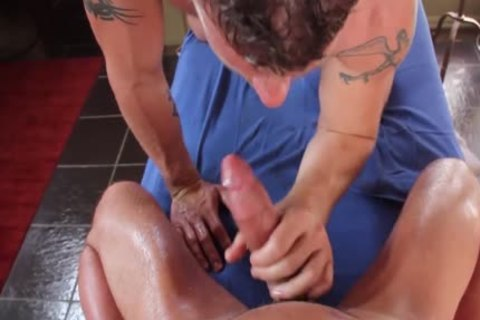 gayRoom Initiman Mbuttage Ends In twinks hammering butt