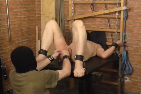 A sadomasochism-session In A dirty Afternoon. The taskmaster Likes To Play With The Balls Of The serf And spanking The anal. taskmaster: Sadist52 serf: MasoFun