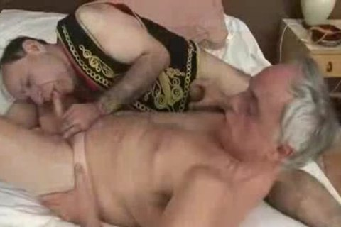 Older4me - TLD poked By An daddy Turk