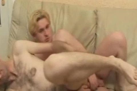 watch How that guy Performs A deep Throating irrumation