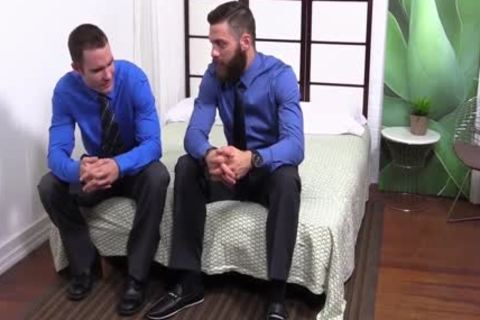 Cameron Sucks His Toes As brawny Tommy Defendi Masturbates