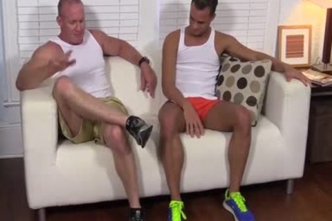 Muscled Dev Likes Licking Toes As Javi Wanks His large ramrod