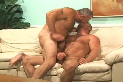 brunette Muscled boy gets fucked In His wazoo