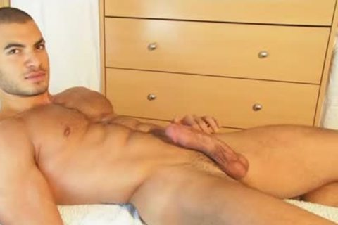 My str8 Neighbour Made A Porn: Watch His biggest 10-Pounder Serviced By A lad!