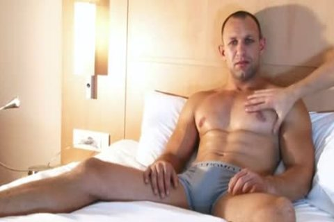 Full clip: A admirable innocent str8 lad Serviced His large cock By A lad