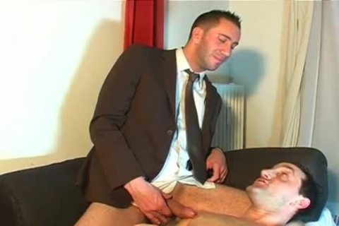 Full movie: A innocent Vendor receives Serviced His large dick By A lad!