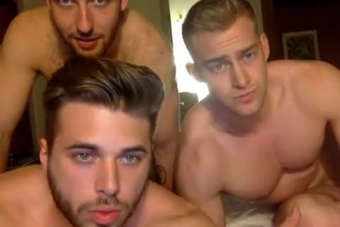 3 Muscle boyz Having fun On cam