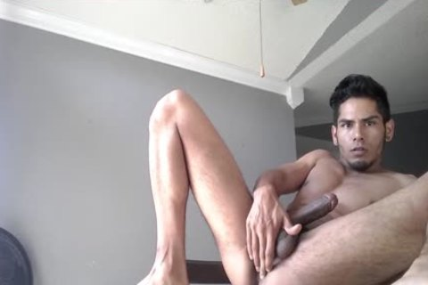 amateur Damian Pumps Out A humongous Load