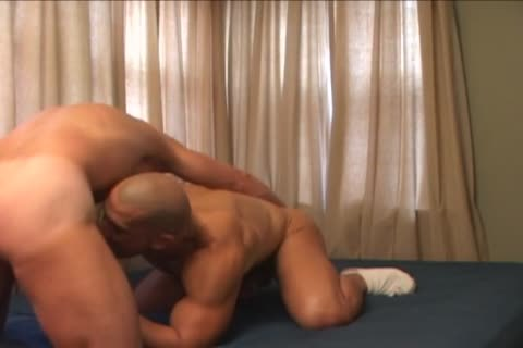 Body Builder In A daddy Homosex act