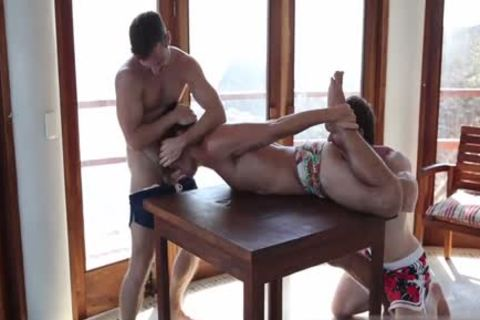 Muscle weenie 3some And cumshot