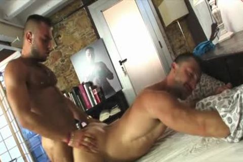Latin Bear Foot And cumshot