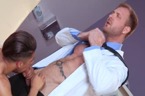large rod Wolf oral stimulation And cumshot