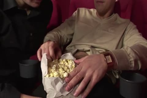 juicy Spontain poke In Cinema
