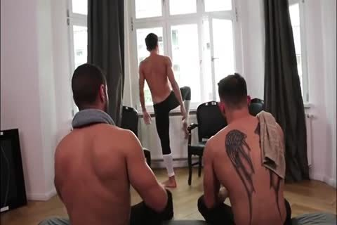 A Ballet Dancer Makes Three unprotected Hookers