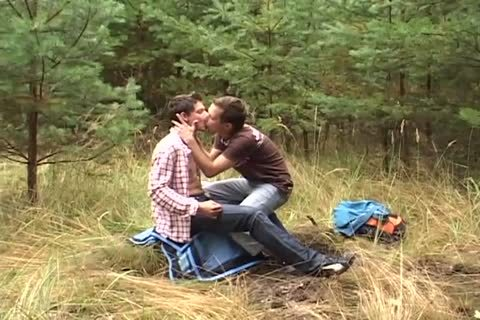 bareback rimming Outside For these homosexual males