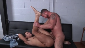Virgin Hunter - Charlie Harding with Ricky Decker butthole plow