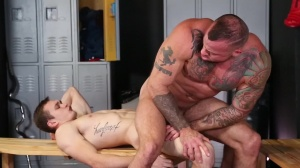 Confessions Of A Straight man - Sean Duran, Jackson Traynor a bit of ass