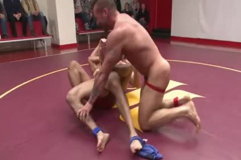 Dirk Caber Fighting