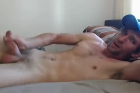 handsome Hung lad Playing On cam Very sexy