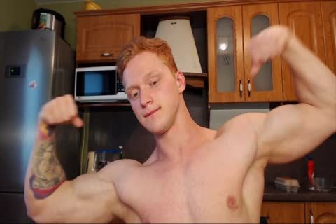 Ginger Twunk Showing Off On web camera