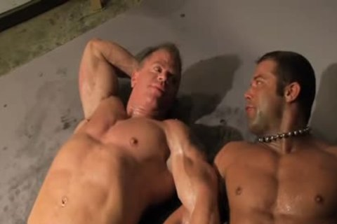 Rick Hammersmith Muscle Worshipped Then poked By Darius Soli