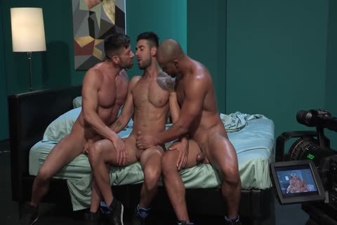 gay Pornstars Bruce Beckham, Jason Vario And Mick Stallone In gay Male Porn Tube video