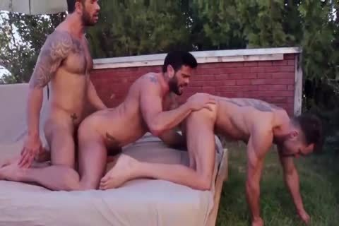 Outdoor Latin Gaysex With Two Skinny twinks