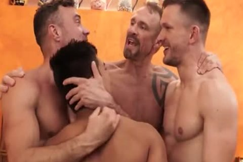 intimate Sex-Party In Motel