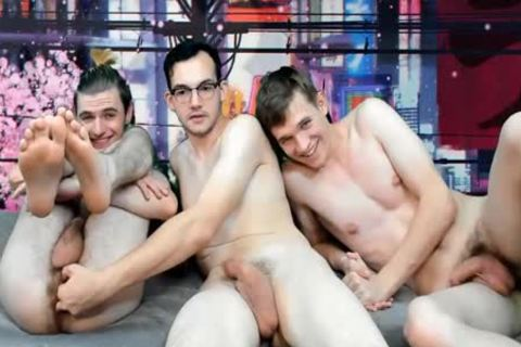 excellent boyz bunch banging Live On Cruisingcams.com