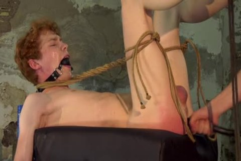 slavemaster twink Barebacks His Sub After Restraining Him