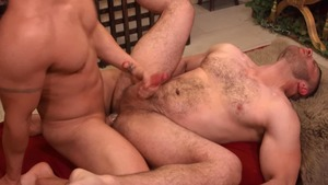 Gods Of Men - Muscled Diego Reyes finds irresistible blowjob