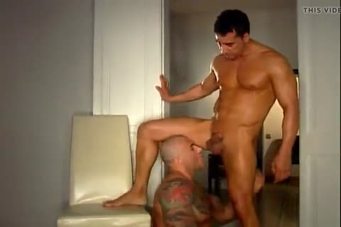 Boss And Bodyguard fuck