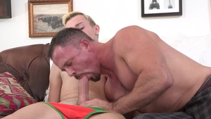Family Dick: Nervous penis Ryan Evans 3some