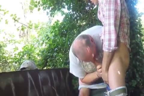 Daddy Have Outdoor enjoyment