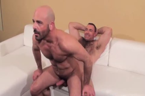 Muscle stud screwed bare By handsome shaggy Daddy