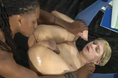 darksome penis poke And Be Sucked By Daniel Hausser