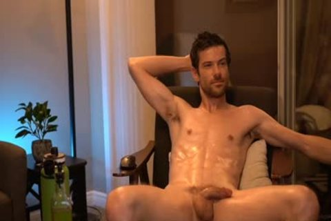 guy Showing His knob In Live