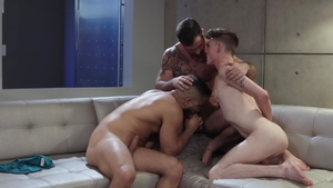 IconMale.com - American Jake Nicola and Avery Jones threesome