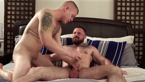 Icon Male: Leo Luckett with Sergeant Miles hard sex