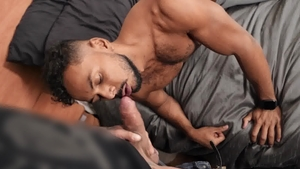 Str8chaser.com: Black haired Milo bareback blowjob cum handjob