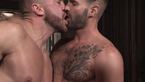 Hot House: Dani Robles in shorts & Emir Boscatto penetration