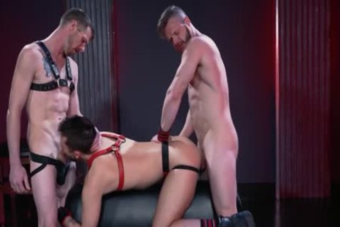 Mysterious Leather three-some Deepthroat, hammer And Fist