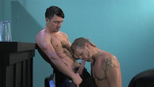 RagingStallion.com: Thick Jeremy Stevens ass to mouth in club