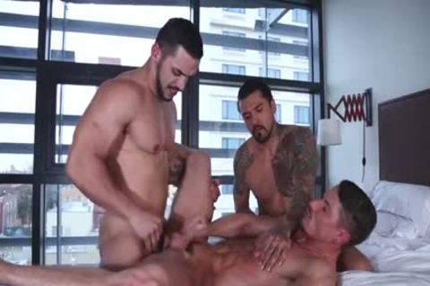 Skyy Knox gets Double-pounded By Arad Winwin And Boomer Banks