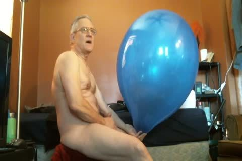 Balloonbanger's first XHamster clip scene! Tuf-Tex 24 Will If POP?